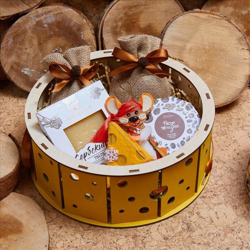 Подарочный набор «Головка сыра»