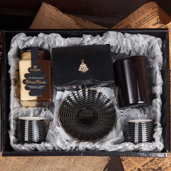 Подарочный набор «Кофе с кэробом»