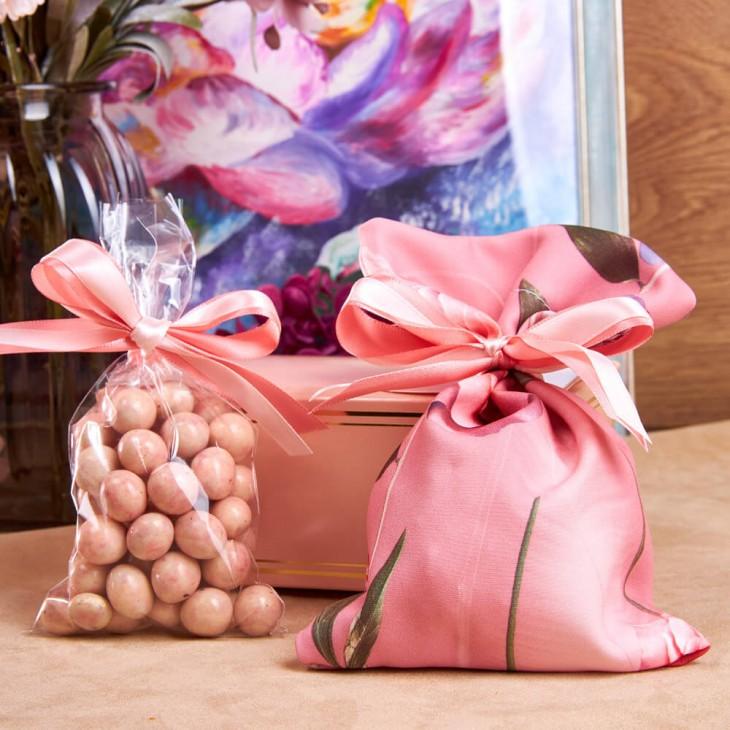 Подарочный набор «Цветы на розовом»